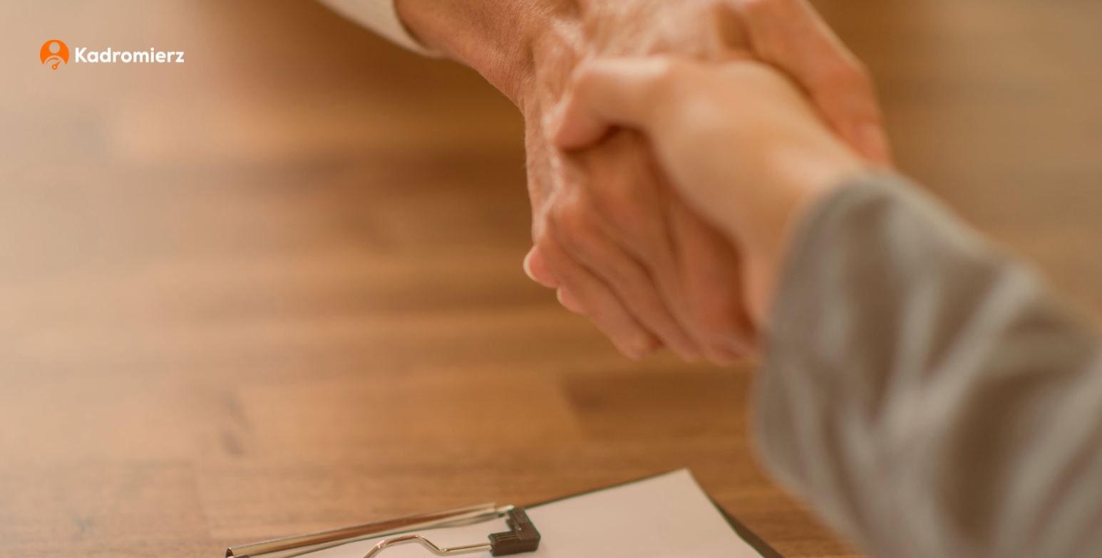co musisz wiedzieć o umowie o pracę na czas nieokreślony